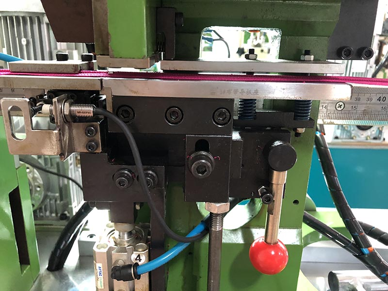 Zhenyu Best metal zipper stripping machine factory for zipper production-3