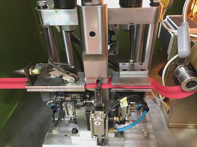 Zhenyu metal zipper stripping machine factory for zipper production-3