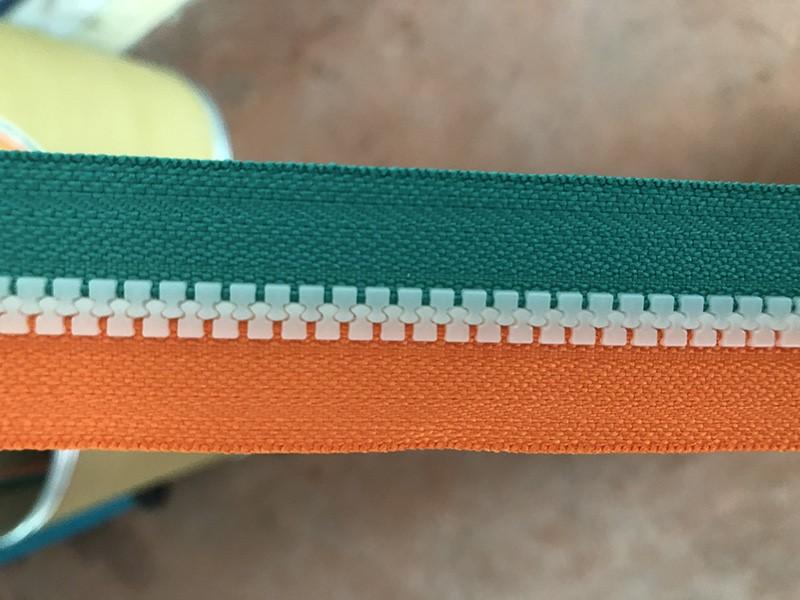 Zhenyu Top precious plastic injection machine Suppliers for zipper setting-3