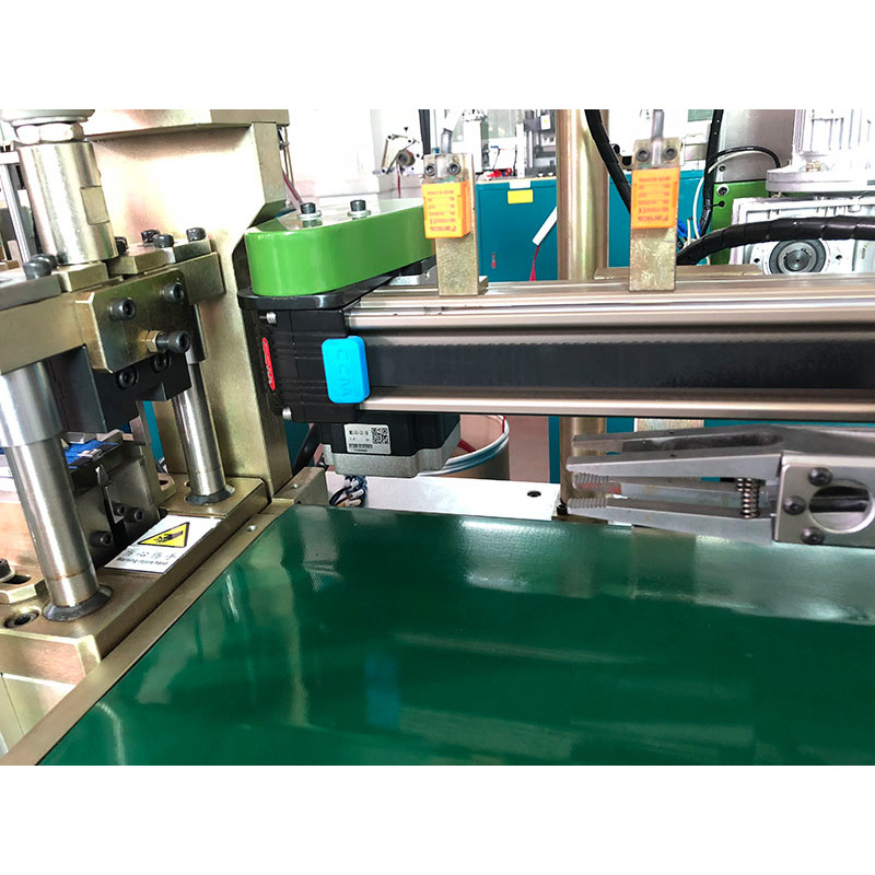 Full-automatic Open-end Zipper Towing Cutting Machine ZY-302-C