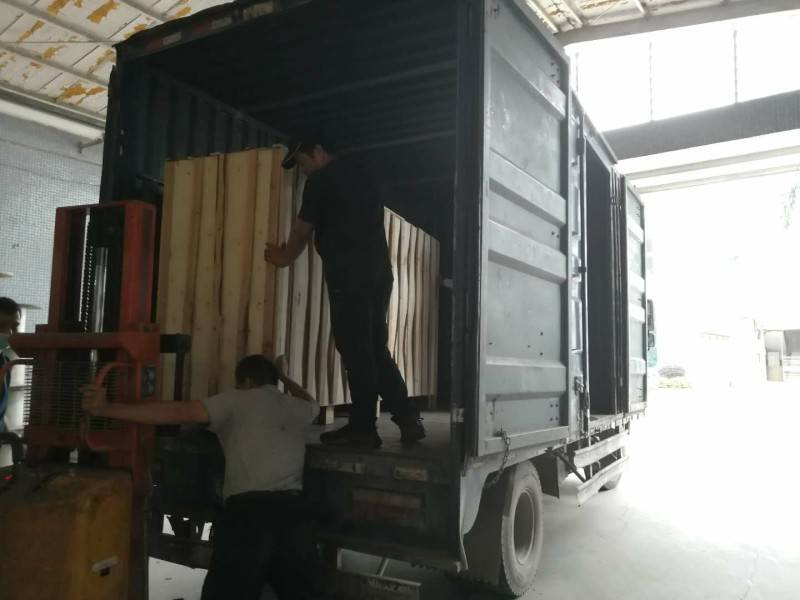 Shipment For Extended Version Luggae And Bag Zipper Machine
